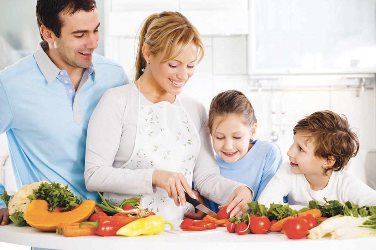Çocukluk Ve Ergenlik Döneminde Beslenme Programı
